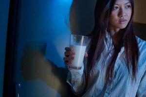 Trước khi đi ngủ uống 1 cốc nước này thọ cực lâu, cả đời sống khỏe chẳng lo ốm đau bệnh tật