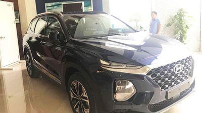 'Hàng nóng' Hyundai SantaFe 2019 xuất hiện tại Hà Nội