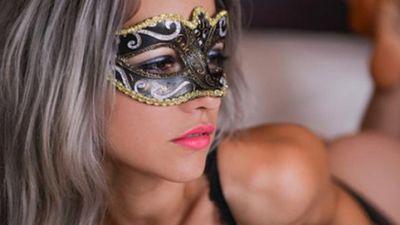 Bên trong các bữa tiệc thác loạn của CLB Sex nổi tiếng thế giới