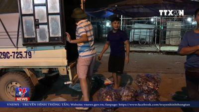 Bát nháo ở các chợ đầu mối Hà Nội