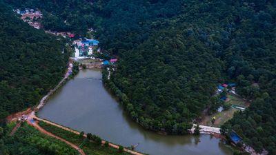 Phá rừng phòng hộ mở khu sinh thái