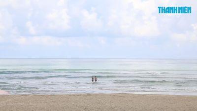 Du khách Trung Quốc chết khi tắm biển Đà Nẵng lúc du lịch với vợ
