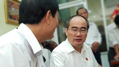 Lãnh đạo TP.HCM tiếp xúc cử tri quận 2, nóng chuyện Thủ Thiêm