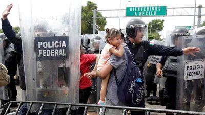 Hoa Kỳ đe dọa khả năng triển khai quân đội đến biên giới Mexico
