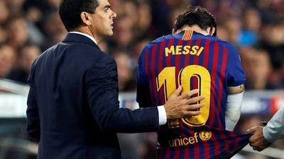 Giành ngôi đầu cho Barcelona, Messi gãy tay, lỡ siêu kinh điển
