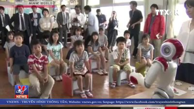Nhật Bản đưa robot vào các lớp học tiếng Anh