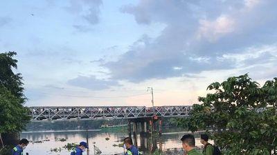 Truy tìm danh tính thi thể người đàn ông nổi trên sông Sài Gòn