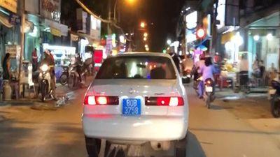 Thông tin bất ngờ vụ xe biển xanh hú còi náo loạn đường phố