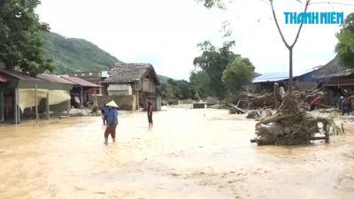 Lũ bất thường dâng cao hơn 6m cuối trôi nhiều nhà cửa ở Lào Cai