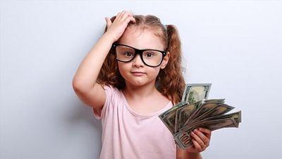 Tranh cãi quanh việc dùng tiền 'thuê' con làm việc nhà, cho con 'thuê' Ipad