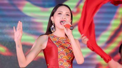 Lại một lần nữa, Hương Giang thăng hoa cùng 'Gấm': mau mau ra MV chính thức đi thôi!