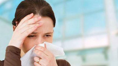 Bệnh lúc giao mùa: Tưởng xoàng xĩnh mà nghiêm trọng không ngờ