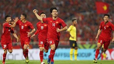 Cú vảy má đẳng cấp của Công Phượng xé lưới Malaysia