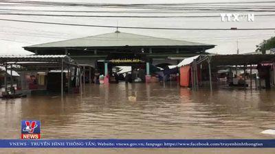 Mưa lũ gây ngập nặng một số nơi ở Ninh Thuận