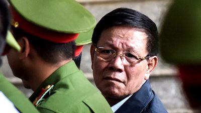 Ông Vĩnh khai gì khi Nguyễn Văn Dương nói tặng Rolex, triệu USD?