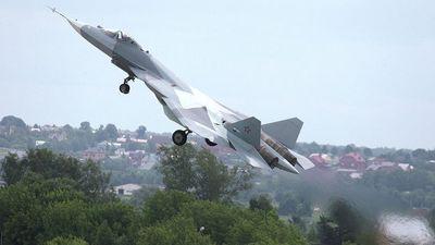 Tiêm kích Su-57 của Nga tung hoành giữa 'chảo lửa' Syria