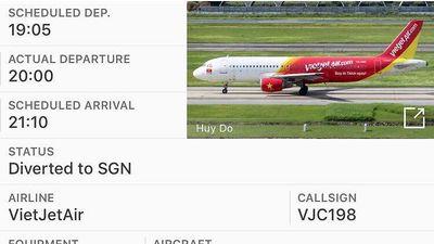Máy bay Vietjet gặp sự cố khi mới cất cánh ở sân bay Tân Sơn Nhất