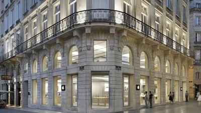 Apple Store Bordeaux bị đập phá