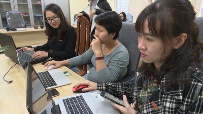 Kêu trời vì săn vé online Việt Nam vs Malaysia 'khó như đánh xổ số'