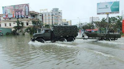 Tam Kỳ ngập sâu, thủy điện lớn ở Quảng Nam vẫn thiếu nước nghiêm trọng