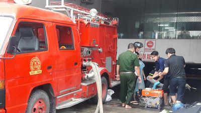 Ảnh, video: Hút nước cứu hàng trăm ô tô, xe máy 'chết' chìm dưới hầm chung cư ở Đà Nẵng