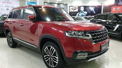 'Soi' xe Trung Quốc BAIC Q7 giá 658 triệu tại Việt Nam