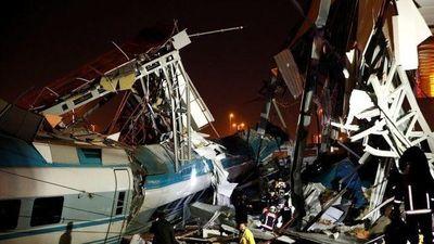 Tai nạn tàu cao tốc ở Thổ Nhĩ Kỳ - 4 người chết, 43 người bị thương
