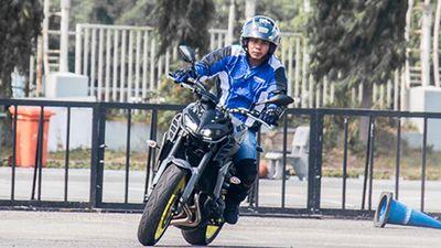 Cận cảnh Yamaha MT-09 chính hãng giá 299 triệu đồng