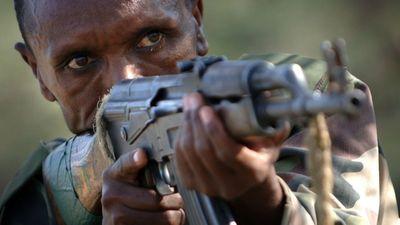 Pháp lấy đâu ra 1.000 tiểu liên AK-47 để tặng CH Trung Phi?