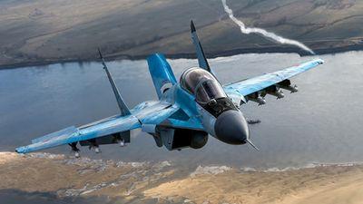 MiG-35 của Nga khoe khả năng cất cánh gần như thẳng đứng