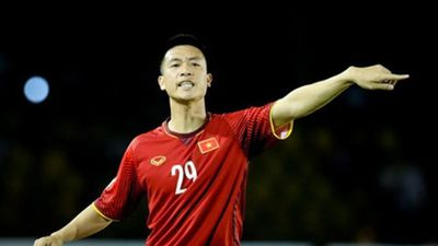 Tiền vệ Huy Hùng: Chúng tôi rút kinh nghiệm và sẽ không để thủng lưới ở trận CK lượt về sắp tới'
