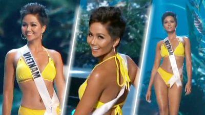H'Hen Niê diện bikini vàng rực thi Miss Universe: Catwalk - Thần thái không thua một ai!