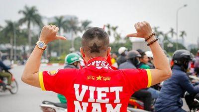 Rap News Việt - Pháp: Chúc mừng đội tuyển Việt Nam vô địch AFF Cup