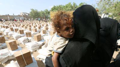 Nối lại 'đường sống', làm dịu nạn đói sau thỏa thuận ngừng bắn Yemen