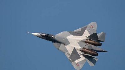 Xem biên đội Su-57 của Nga 'bay lượn' theo đội hình