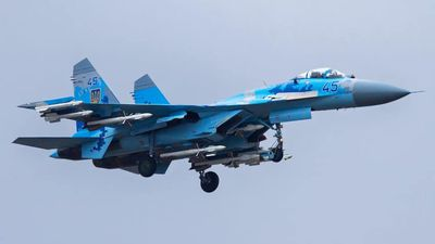 Tin nóng: Su-27 của Ukraine rơi, phi công mất mạng
