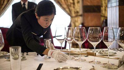 'Đột nhập' trường đào tạo quản gia, người hầu cho các tỷ phú Trung Quốc