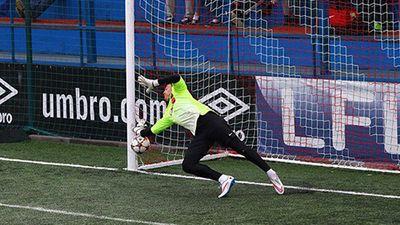 Đặng Văn Lâm xuất sắc cản phá thành công 3 quả penalty