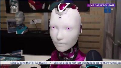 Alexa tích hợp lên robot hình người