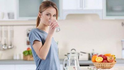 CLIP: 10 lợi ích khi uống nhiều nước mỗi ngày