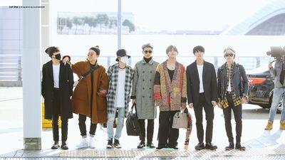 Phong cách thời trang sân bay chất lừ của BTS
