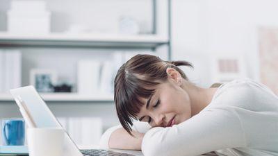 Tại sao bạn không nên làm việc trước 10h?