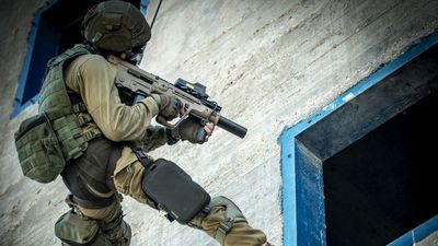 Tiểu liên X95: Đối thủ cạnh tranh xứng tầm của huyền thoại AK-47