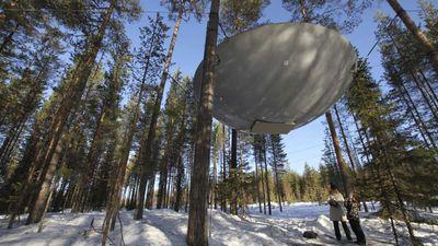 Ăn ngủ trên tàu vũ trụ giữa khu rừng ở Thụy Điển