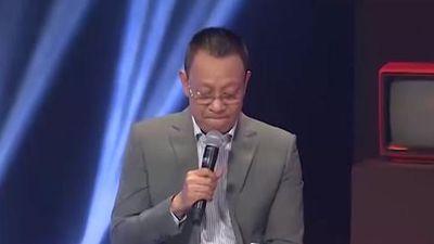 MC Lại Văn Sâm bất ngờ bật khóc ngay trên sóng truyền hình