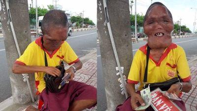 Phẫn nộ với những kẻ diễu cợt chú bán vé số bị điếc, mặt dị dạng ở Vĩnh Long