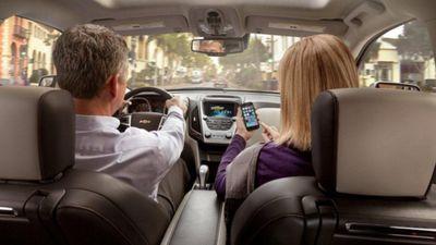 Công nghệ mới này khiến ngồi trong xe hơi cũng không còn riêng tư