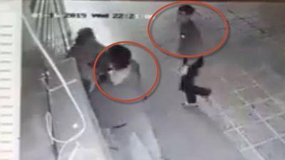 Phẫn nộ với clip 2 thanh niên sàm sỡ sau đó đánh cô gái đến bất tỉnh