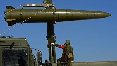 Nga triển khai tên lửa hạt nhân gần biên giới Ukraine