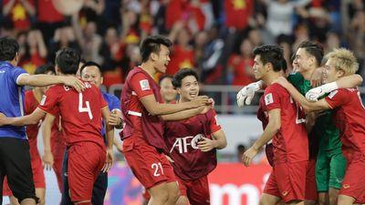 Tuyển Việt Nam lần thứ 2 vào tứ kết Asian Cup: Xuất sắc hơn, xúc cảm hơn